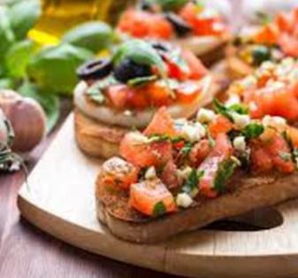 Crostini's met tomaat en paprika