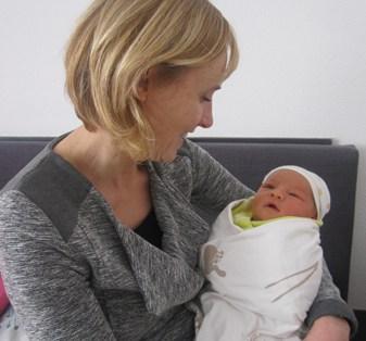 Itske Huberts met baby